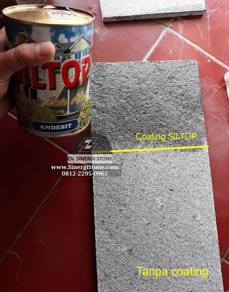 foto batu andesit bakar yang bagian atas di coating SILTOP jenis Andesit dan bagian bawah tanpa coating