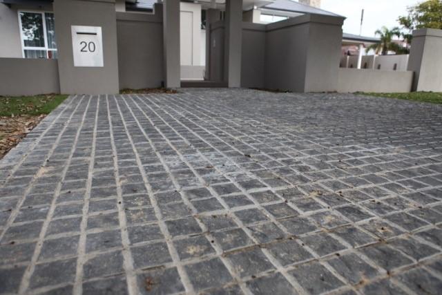 Carport Batu Alam