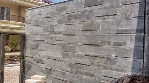 batu andesit dinding