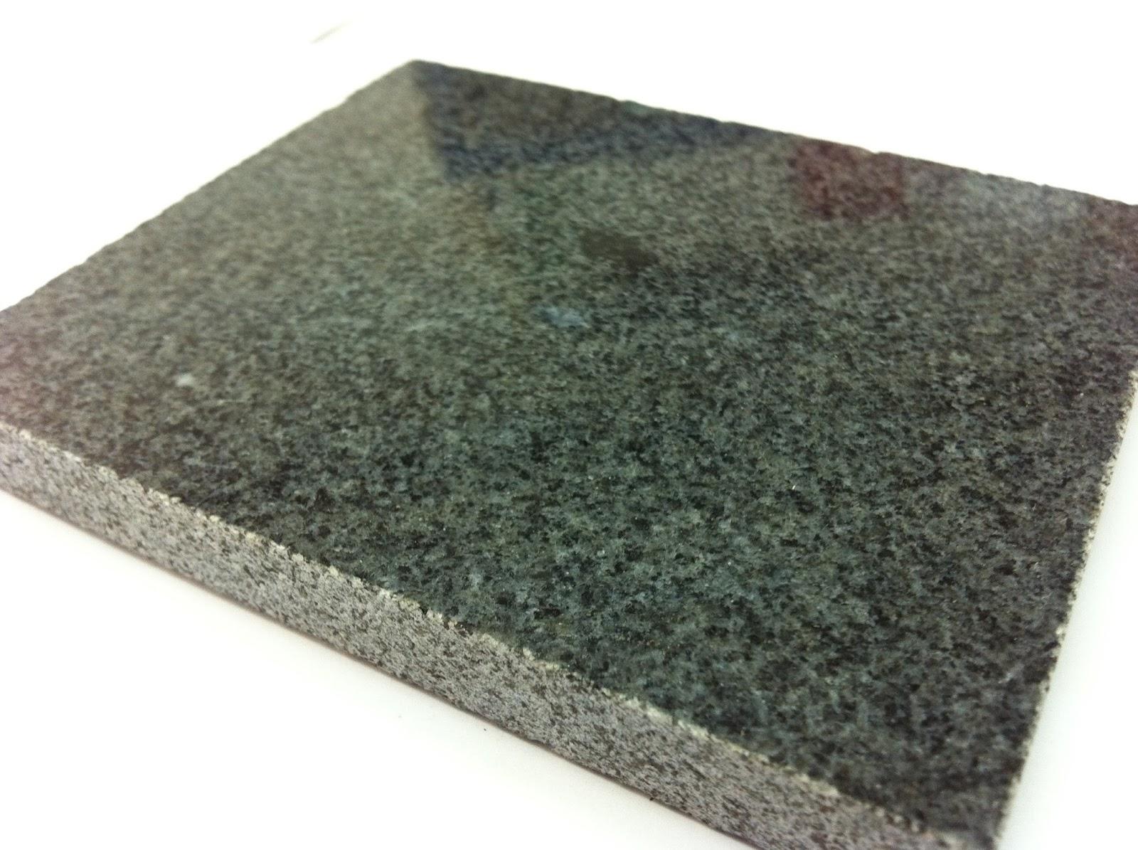 batu andesit hitam